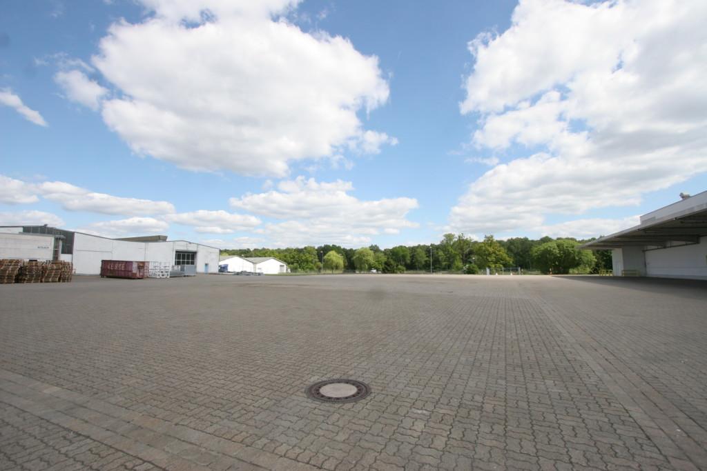 freie Freiflächen im Industriepark Triangel in Sassenburg